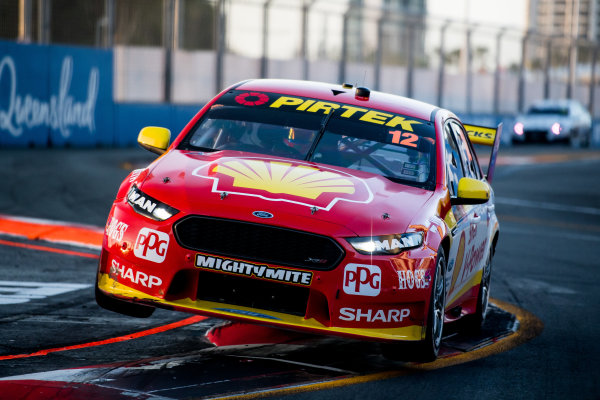 2017 Supercars Championship Round 12.  Gold Coast 600, Surfers Paradise, Queensland, Australia. Friday 20th October to Sunday 22nd October 2017. Fabian Coulthard, Team Penske Ford.  World Copyright: Daniel Kalisz/LAT Images Ref: Digital Image 201017_VASCR12_DKIMG_1654.jpg