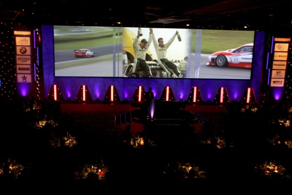 2005 Autosport AwardsGrosvenor House, London. 4th December.The National Racing Review video on the big screen.World Copyright: Malcolm Griffiths/LAT Photographicref: Digital Image Only
