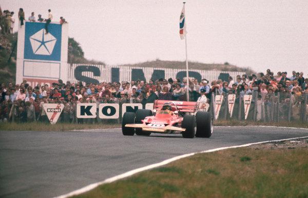 Zandvoort, Holland.19-21 June 1970.Jochen Rindt (Lotus 72C-Ford) 1st position.Ref-70 HOL 45.World Copyright - LAT Photographic