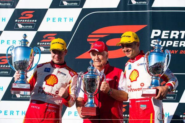 2017 Supercars Championship Round 4.  Perth SuperSprint, Barbagallo Raceway, Western Australia, Australia. Friday May 5th to Sunday May 7th 2017. Scott McLaughlin driver of the #17 Shell V-Power Racing Team Ford Falcon FGX, Roger Penske team owner of DJR Team Penske, Scott Pye driver of the #2 Mobil 1 HSV Racing Holden Commodore VF. World Copyright: Daniel Kalisz/LAT Images Ref: Digital Image 060517_VASCR4_DKIMG_3966.JPG