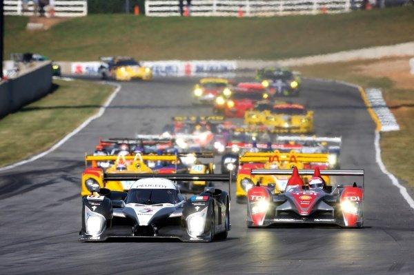 Nicolas Minassian (FRA) / Stephane Sarrazin (FRA) / Christian Klien (AUT), Peugeot 908 HDi, lead at the start of the race. American Le Mans Series, Rd10, Petit Le Mans, Road Atlanta, USA, 4 October 2008.
