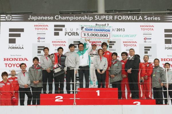 Suzuka, Japan. 9th - 10th November 2013. Rd 7. Race 2. 2013 Team Champion PETRONAS TEAM TOM'S podium, portrait. World Copyright: Yasushi Ishihara/LAT Photographic. Ref: 2013SF_Rd7_033