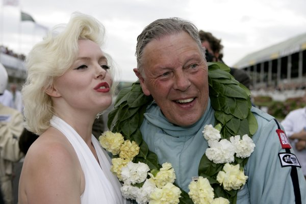 2007 Goodwood Revival Meeting.  Goodwood, West Sussex. 1st - 2nd September 2007.  Atmosphere. Marilyn with Barrie Williams. World Copyright: Gary Hawkins/LAT Photographic  ref: Digital Image Only