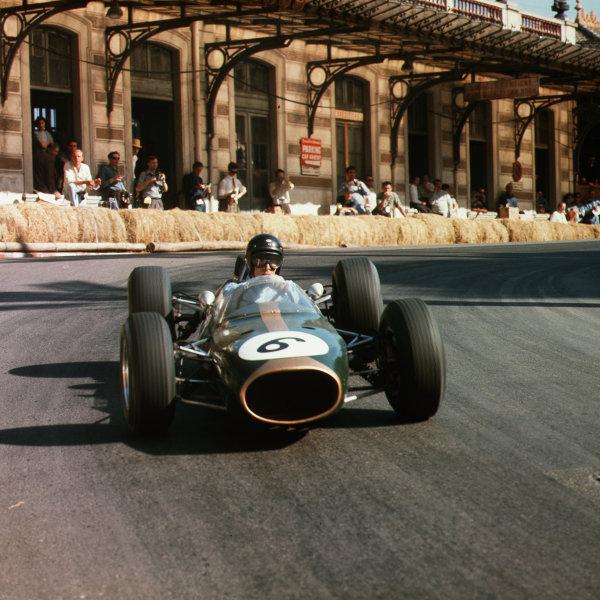 Monte Carlo, Monaco.7-10 May 1964.Dan Gurney (Brabham BT7 Climax).Ref-3/1212A.World Copyright - LAT Photographic