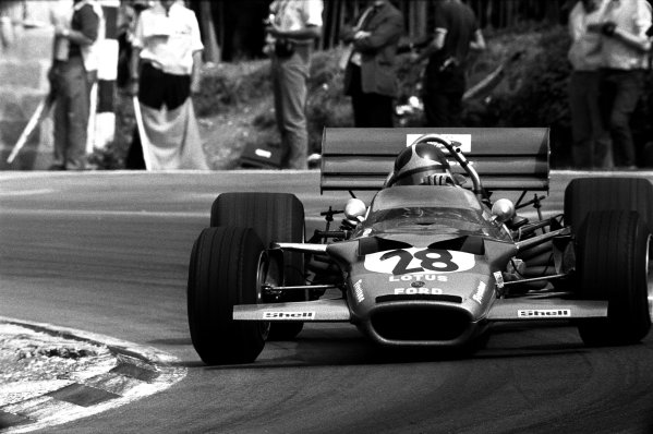 Brands Hatch, England. 16th - 18th July 1970.Emerson Fittipaldi (Lotus 49B-Ford), 8th position, action.World Copyright: LAT Photographic.Ref: B/W Print