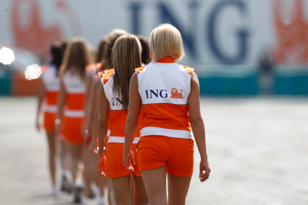 Hungaroring, Budapest. 3rd August 2008. Sunday Race.Grid Girls. Atmosphere. World Copyright: Alastair Staley/GP2 Series Media Service. ref: Digital Image _H0Y3717