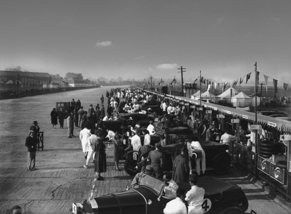 Brooklands, England. May 1929.Pre-race. No 4 is the Johnstone/Walter Studebaker; 2 is the Barnato/Benjafield 6 1/2-litre Bentley; 5 the Cook Clement Bentley 4 1/2; 6 the Gunter/Davis Bentley 4 1/2; 10 the W B Scott/Mrs Scott Bentley 4 1/2; 12 the Birkin/Holder Bentley 4 1/2; 11 the A D S Davies/C W Fiennes Invicta; and 14 the Howe/Callingham Bugatti Type 43.World Copyright: LAT Photographic.Ref:  Autocar Glass Plate B1581.