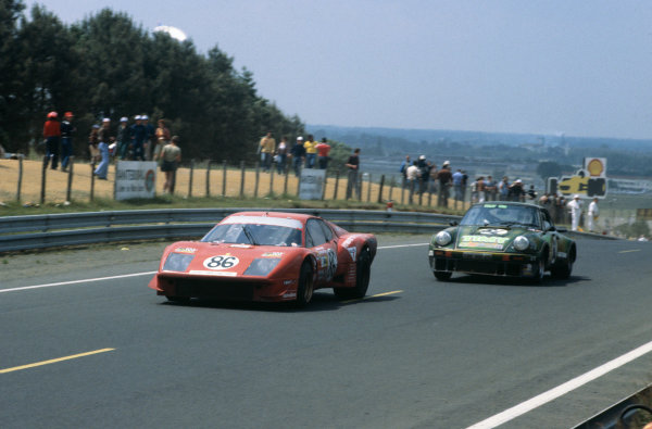 Le Mans, France. 10th - 11th June 1978 Franois Migault/Lucien Guitteny (Ferrari 365 GT4 BB), 16th position, leads Georges Bourdillat/Alain-Michel Bernhard/Jean-Luc Favresse (Porsche Carrera RSR), Not classified, action. World Copyright: LAT PhotographicRef: 78LM18.