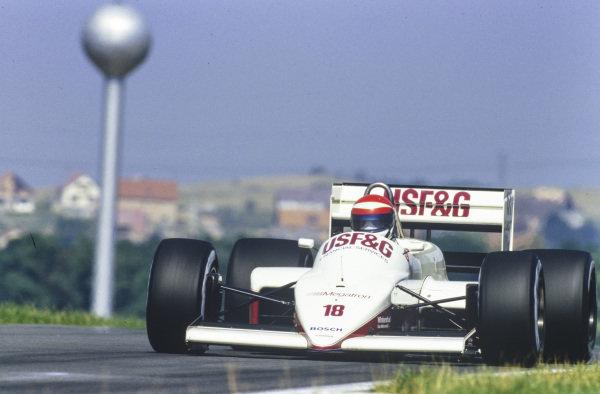 Eddie Cheever, Arrows A10 Megatron.