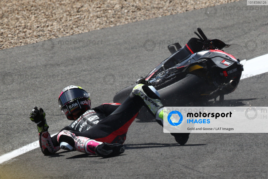 Aleix Espargaro, Aprilia Racing Team Gresini crash.
