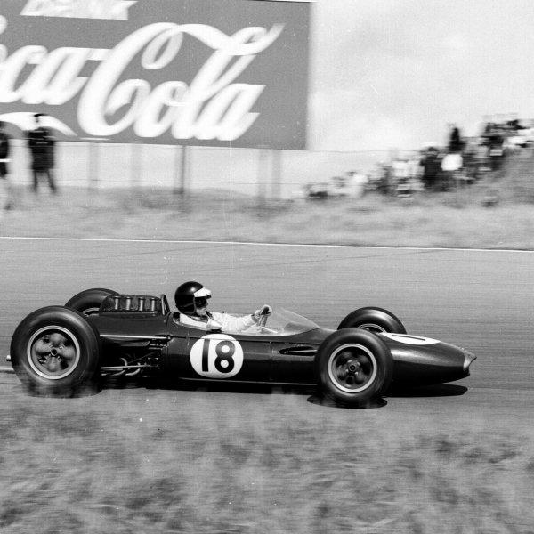 1963 Dutch Grand Prix.Zandvoort, Holland.21-23 May 1963.Dan Gurney (Brabham BT7 Climax) 2nd position.Ref-19580.World Copyright - LAT Photographic
