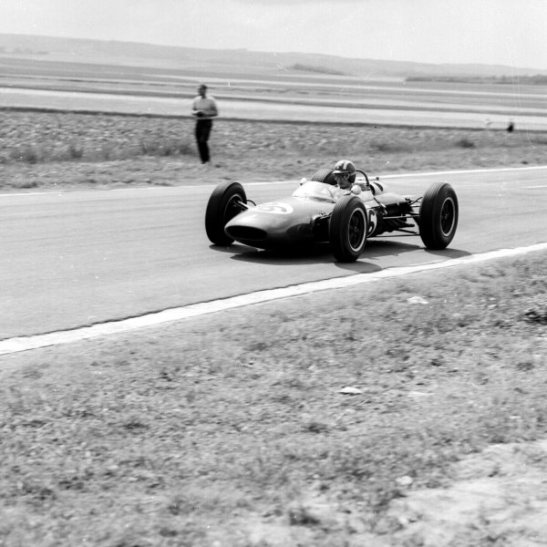 1963 French Grand Prix.Reims, France.28-30 May 1963.Jo Siffert (Lotus 24BRM) 6th position.Ref-20116.World Copyright - LAT Photographic