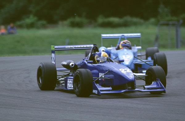 2000 British Formula Three Donington, England. 1st - 2nd July 2000. Rd 7&8. Andrew Kirkaldy and Nicolas Kiesa battle. World - Peter Spinney/ LAT Photographic