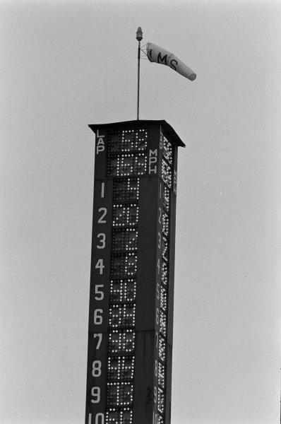 The scoring tower on lap 58.