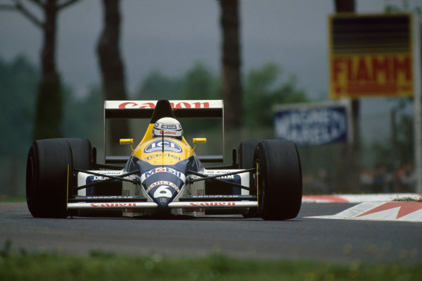 Imola, Italy. 29th April - 1st May 1988. Riccardo Patrese (Williams FW12-Judd), 13th position, action. World Copyright: LAT Photographic Ref: 88SM