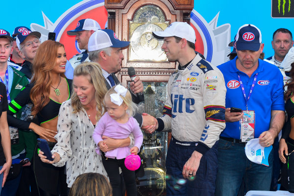2017 Monster Energy NASCAR Cup Series STP 500 Martinsville Speedway, Martinsville, VA USA Sunday 2 April 2017 Brad Keselowski and team celebrate in victory lane World Copyright: Logan Whitton/LAT Images ref: Digital Image 17MART1LW2728