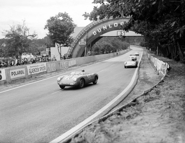 Le Mans, France. 28-29 July 1956.Claude Storez/Helmuth Polensky (Porsche 550) leads Wolfgang von Trips/Richard von Frankenberg (Porsche RS550A). Von Trips/von Frankenberg finished in 5th position.Ref-Motor 774/38.World Copyright - LAT Photographic