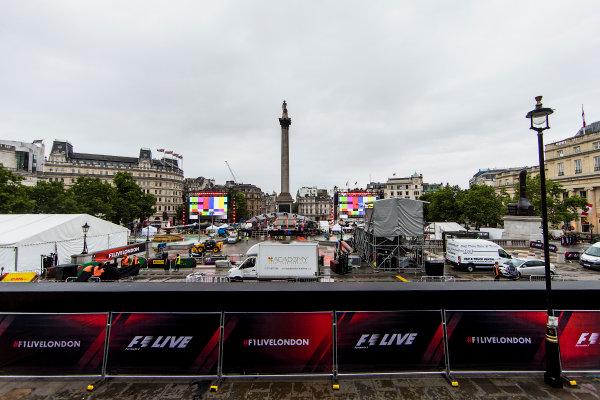 F1 Live London. London, United Kingdom. Tuesday 11 July 2017. Preparations for F1 Live in Trafalgar Square. World Copyright: Zak Mauger/LAT Images ref: Digital Image _56I5340