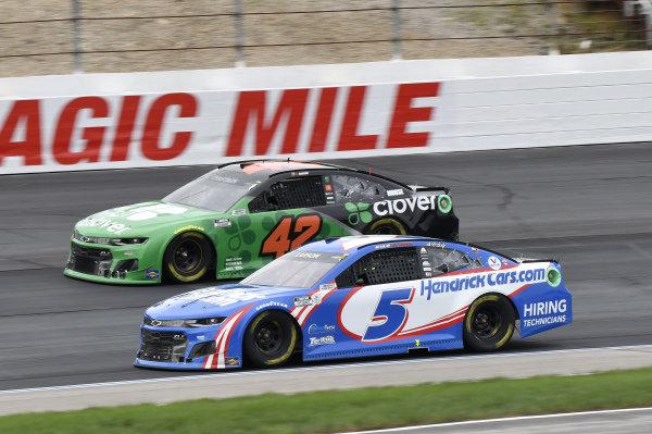 #5: Kyle Larson, Hendrick Motorsports, Chevrolet Camaro HendrickCars.com, #42: Ross Chastain, Chip Ganassi Racing, Chevrolet Camaro Clover
