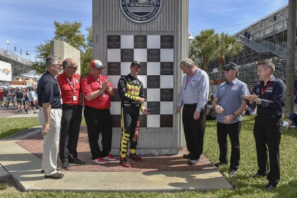 "Sebastien Bourdais, Dale Coyne Racing with Vasser-Sullivan Honda previous year winners plaque presentation, Dale Coyne, James ""Sully"" Sullivan, Jimmy Vasser"
