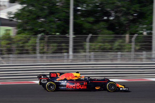 Max Verstappen (NED) Red Bull Racing RB13 at Formula One Testing, Day Two, Yas Marina Circuit, Abu Dhabi, UAE, Wednesday 29 November 2017.