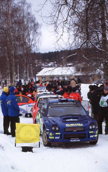 FIA World Championship, Swedish Rally1st-3rd Febuary 2002Tommi Makinen, Subaru, line up for the first stageWorld Copyright: McKlien/LAT Photographicref: 35mm Images 02 WRC 01