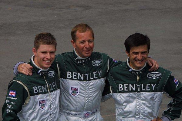 2001 Le Mans 24 HoursLe Mans, France. 13th June 2001.The new Bentley boys........ Guy Smith, Martin Brundle and Stephane Ortelli.World Copyright: John Brooks/LAT Photographicref: Digital Image Only