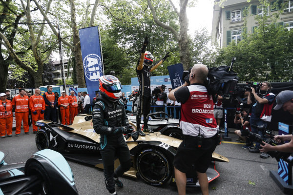 Jean-Eric Vergne (FRA), DS TECHEETAH, DS E-Tense FE19, 1st position, and Mitch Evans (NZL), Panasonic Jaguar Racing, Jaguar I-Type 3, 2nd position