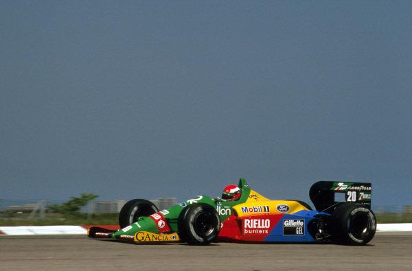 Jacarepagua, Rio de Janeiro, Brazil.24-26 March 1989.Johnny Herbert (Benetton B188 Ford) 4th position.Ref-89 BRA 04.World Copyright - LAT Photographic