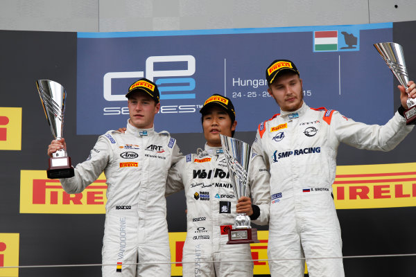 2015 GP2 Series Round 6.  Hungaroring, Budapest, Hungary. Sunday 26 July 2015. Nobuharu Matsushita (JPN, ART Grand Prix), Stoffel Vandoorne (BEL, ART Grand Prix) & Sergey Sirotkin (RUS, Rapax)  World Copyright: Sam Bloxham/LAT Photographic. ref: Digital Image _G7C3785