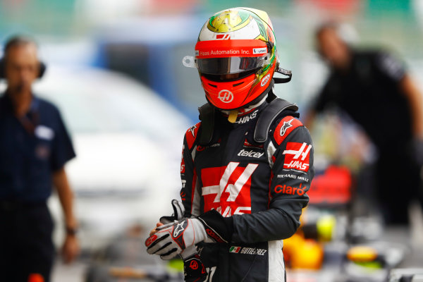 Suzuka Circuit, Japan. Saturday 08 October 2016. Esteban Gutierrez, Haas F1, in Parc Ferme after qualifying. World Copyright: Steven Tee/LAT Photographic ref: Digital Image _O3I6236