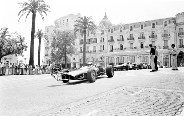 """Monte Carlo, Monaco. 19-22 May 1966.The making of Frankenheimer's """"Grand Prix"""" with photographer Bernard Cahier on the right. Ref-Autocar L66/295/6.World Copyright - LAT Photographic"""