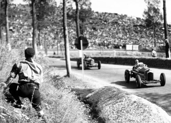 "1935 Dieppe Grand Prix Dieppe, France. 21 July 1935 Louis Chiron, Alfa Romeo Tipo-B ""P3"", 2nd position, leads Giuseppe Farina, Maserati 6C-34, 5th position, action World Copyright: Robert Fellowes/LAT PhotographicRef: 35DIE02"