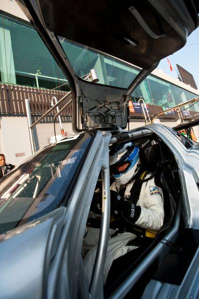 6 Hours of Zhuhai.Zhuhai, China. 11th - 13th November 2011. Mika Hakkinen, Team AMG China, Mercedes SLS AMG GT3. Portrait. Drew Gibson/LAT Photographic. ref: Digital Image _Y8P9643