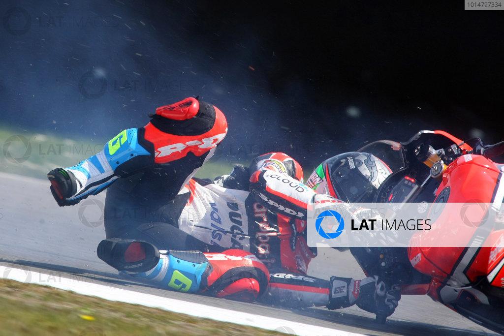 2017 Superbike World Championship - Round 4 Assen, Netherlands. Sunday 30 April 2017 Marco Melandri, Ducati Team crash World Copyright: Gold and Goose Photography/LAT Images ref: Digital Image WSBKrace-1328
