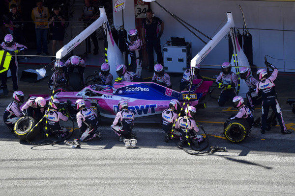 Lance Stroll, Racing Point RP19, makes a stop