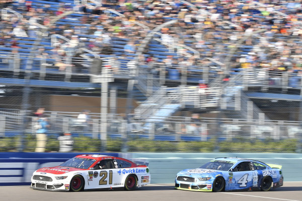 #21: Paul Menard, Wood Brothers Racing, Ford Mustang Motorcraft / Quick Lane Tire & Auto Center, #4: Kevin Harvick, Stewart-Haas Racing, Ford Mustang Busch Light