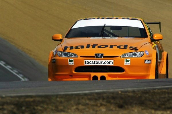 Dan Eaves (GBR) Team Halfords Peugeot 406 Coupe during testing.
