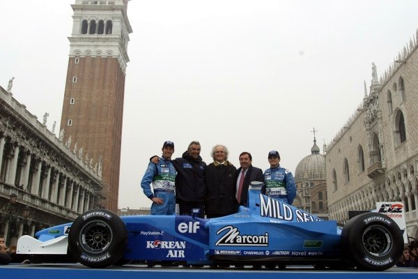 L to R: Jenson Button, Flavio Briatore, Luciano Benetton, Patrick Faure and Giancarlo Fisichella