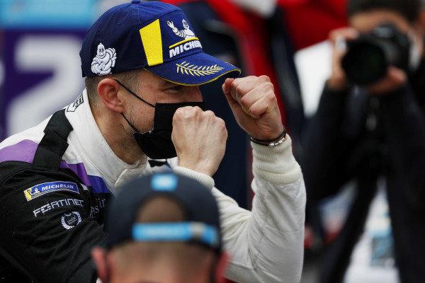 Jake Dennis (GBR), BMW I Andretti Motorsport, 1st position, celebrates