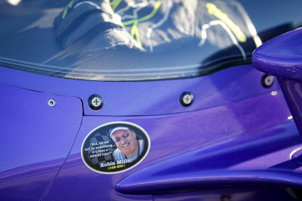 #51: Romain Grosjean, Dale Coyne Racing with RWR Honda, Robin Miller memorial sticker