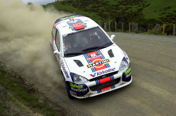 2001 World Rally Championship.Rally of New Zealand. September 20-23, 2001.Auckland, New Zealand.Colin McRae on stage 10.Photo: Ralph Hardwick/LAT