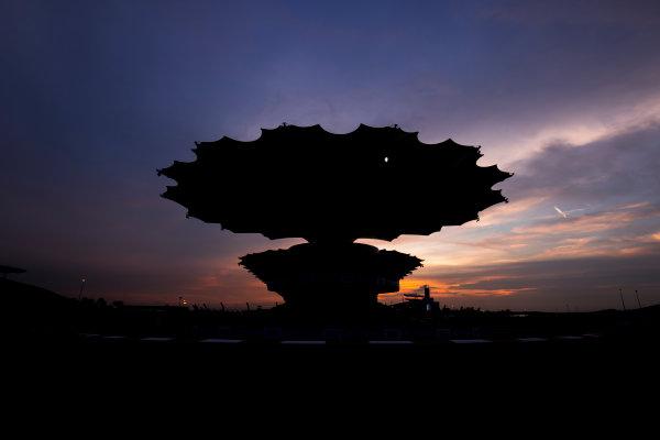 Sepang International Circuit, Sepang, Malaysia. Friday 29 September 2017. Sun rises at the Sepang Circuit. World Copyright: Zak Mauger/LAT Images  ref: Digital Image _56I2080