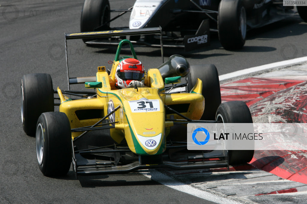 2011 British Formula 3 International Series.