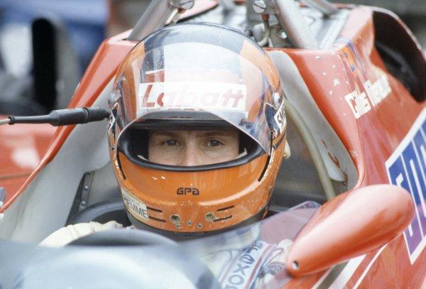 1981 French Grand Prix.Dijon-Prenois, France. 3-5 July 1981.Gilles Villeneuve (Ferrari 126CK), retired.World Copyright: LAT PhotographicRef: 35mm transparency 81FRA11