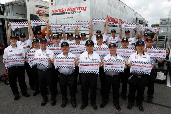 4-7 July, 2013, Long Pond, PA, USA Honda HPD engineers celebrate their 200th IndyCar win © 2013, Michael L. Levitt LAT Photo USA