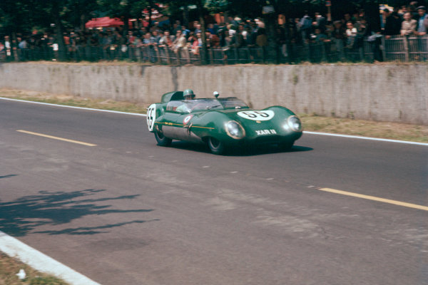 Le Mans, France. 22-23 June 1957. Cliff Allison/Keith Hall (Lotus 11-Climax), 14th position and winner of the Index of Performance. World Copyright: LAT Photographic Ref: 57LM07