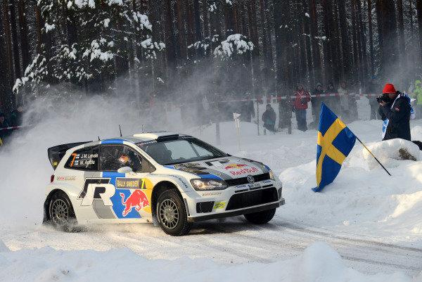 Jari-Matti Latvala (FIN) and Miikka Anttila (FIN), VW Polo WRC on stage 10. FIA World Rally Championship, Rd2, Rally Sweden, Karlstad, Sweden, Day Two, Saturday 9 February 2013.