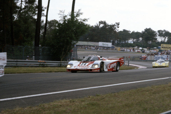 1985 Le Mans 24 Hours Le Mans, France. 15th - 16th June. Jonathan Palmer/James Weaver/Richard Lloyd (Canon GTi Engineering Porsche 956), 2nd position. World Copyright: Murenbeeld/LAT Photographic ref: 35mm Transparency Image