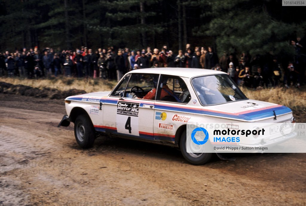 Bjorn Waldegaard (SWE) with co-driver Hans Thorszelius (SWE) 2.0 BMW 2002 Tii finished seventh.